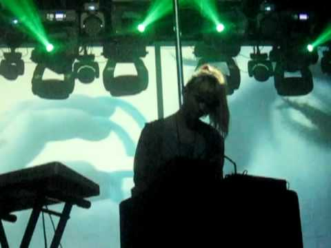 Grimes - Circumambient MP3 Download and