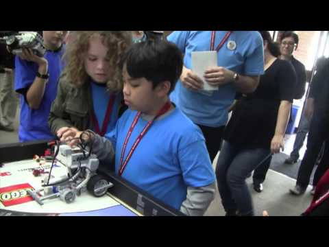 Redwood Adventist Academy at FIRST LEGO League 2016 Sacramento