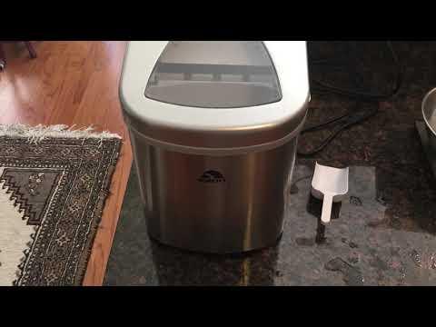 Igloo ice maker