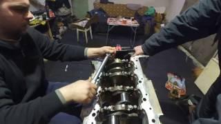 установка коленвала lexus 5.7  двигатель 3UR-FE