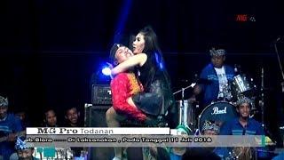 AKSI KOCAK NORMA SILFIA TURUN PANGGUNG BANYU LANGIT NORMA  LIVE BANJAR-BLORA 2018
