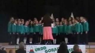 Cor Ysgol Gymraeg Casnewydd 24 March 2007