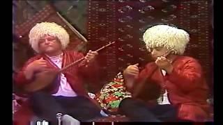 Gitme Görogly - Türkmen Türküsü Türkçe altyazılı. Turkmen Song- English Subtitles. Türkmen aýdymy