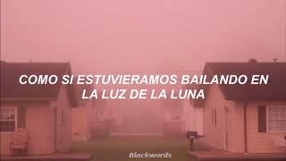 Moonlight — Grace VanderWaal; Español