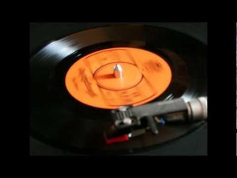 Derm Doung Proleng Sneah (Live LP) - Sinn Sisamouth