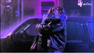 Chasing Amy - Rain Kiss Scene