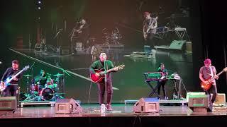 December Avenue Live In Vancouver - Dahan