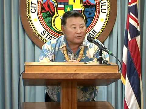 06 APEC 2011 Hawaii Business Innovation Showcase - Mayor Alan M. Arakawa, Maui County