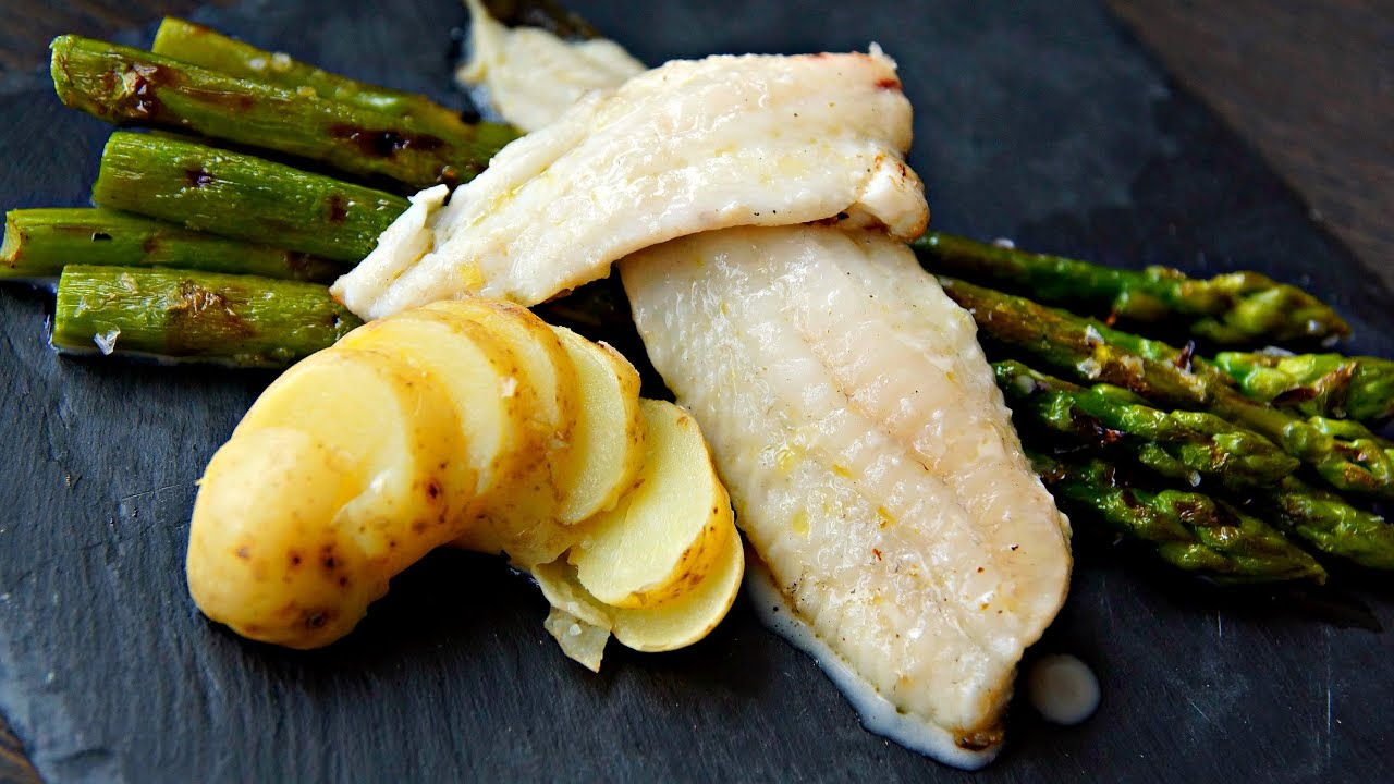 GRILLED FLATFISH VIDEO RECIPE - Big Green Egg Mini - Flatfish recipe