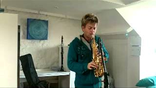 JJ Wilde Soprano Sax Playing Tango by kenny G