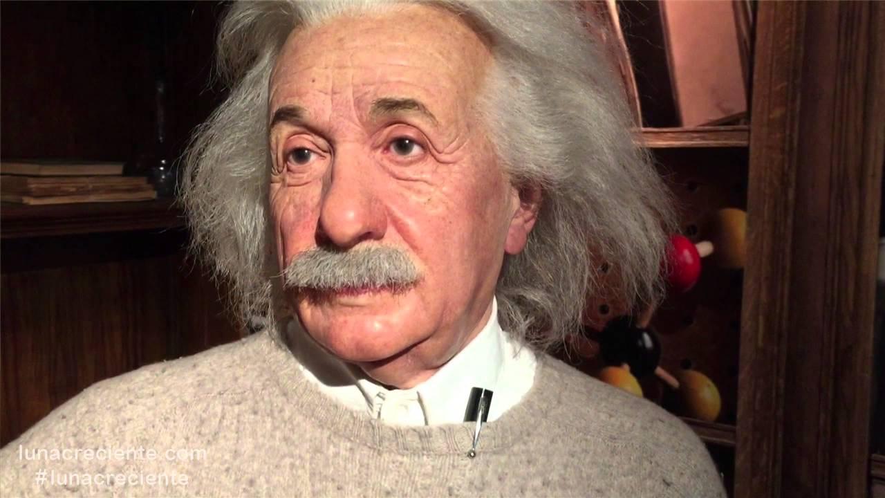 ¿ Quién fue Albert Einstein ? Biografías para Niños - Barney El Camión - Videos Educativos