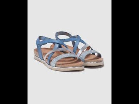 f63a4700f1d El Corte Inglés Sandalias planas de mujer Yokono de piel en color azul