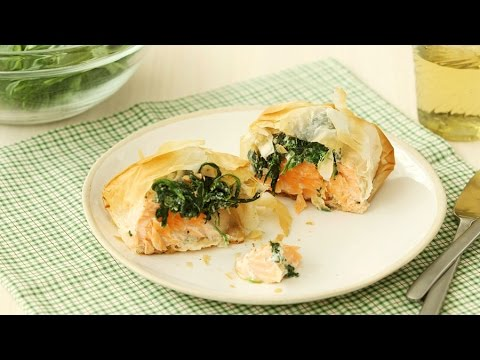 Phyllo Rolls With Spinach And Salmon