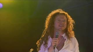 Simply Red - Something Got Me Started (Live at Montreux Jazz Festival) 1992