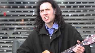 Busker Ian Whitehead 'Knocking on Heaven's Door' (Bob Dylan)
