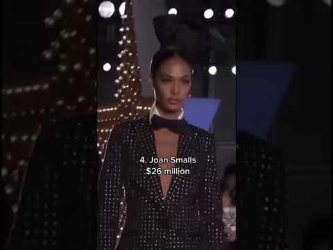 Highest paid model of 2020 #shorts #kendall #gigi #cara #joan #karlie kloss