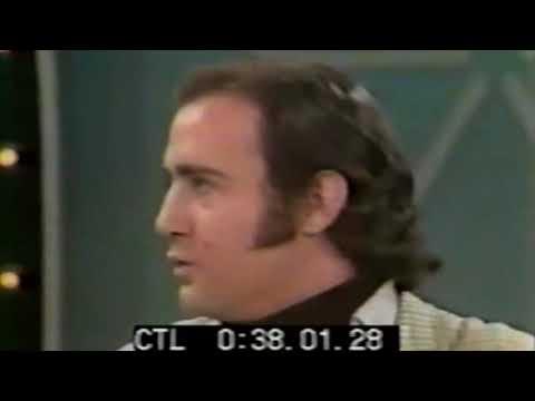 """Andy Kaufman's """"Animal Song"""" on Mike Douglas Show 1978"""