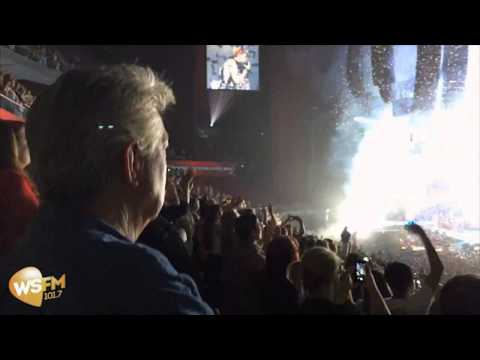 Ron E Sparks Goes To Miley Cyrus Gig