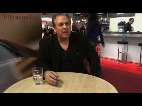 """Paul Hoffman im Interview zu """"Die linke Hand Gottes"""" (Goldmann)"""