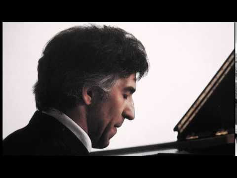 "Ashkenazy, Chopin The Waltz No.2 in A flat major, Op.34 No.1 ""Valse Brillante"""