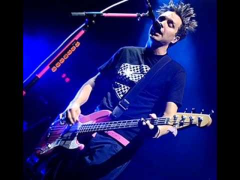 Blink-182 Feeling This (Official Bass Track HQ)