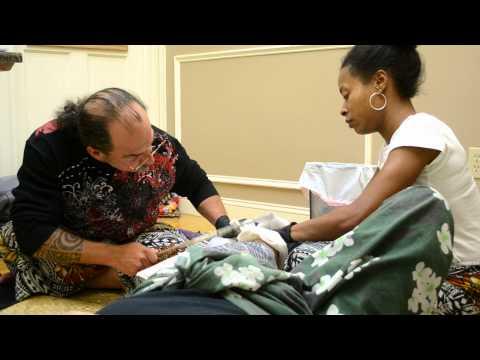Sulu'ape Pili Mo'o Traditional hand tapped tatau in Boston ma