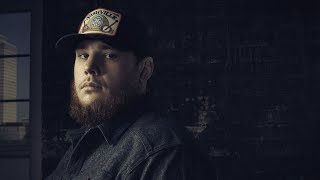 Luke Combs-Beer Never Broke My Heart-Lyrics Video