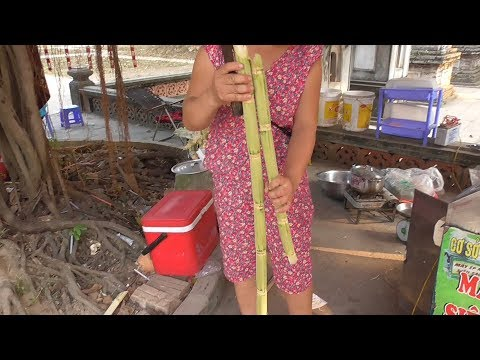 Vietnam street food – Fresh Sugarcane Juice – Juicing Sugarcane
