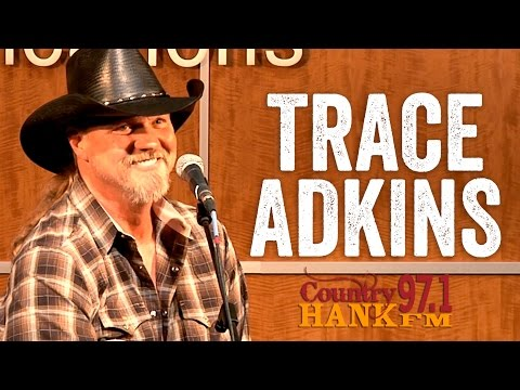 Trace Adkins - Being a Grandpa, Donald Trump, and American Ninja Warrior [Artist Interview]