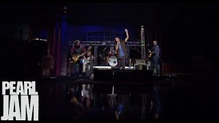 Severed Hand - Late Show With David Letterman - Pearl Jam YouTube Videos