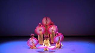 Danse D' éventail Couleurs du Printemps - Múa Quạt Sắc Xuân