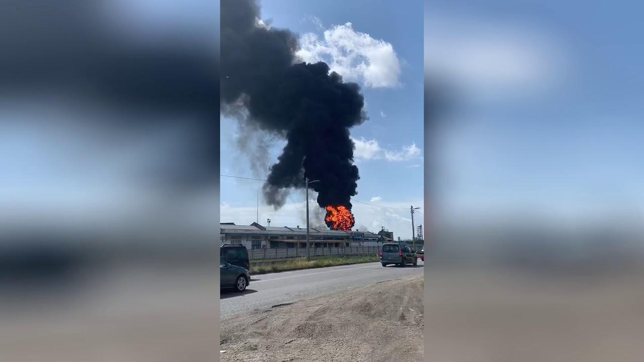 Огромный пожар на химическом заводе ацетона. Маргера Венеция