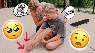 BROKEN FOOT PRANK ON MY BOYFRIEND!!! *Cute reaction!!*
