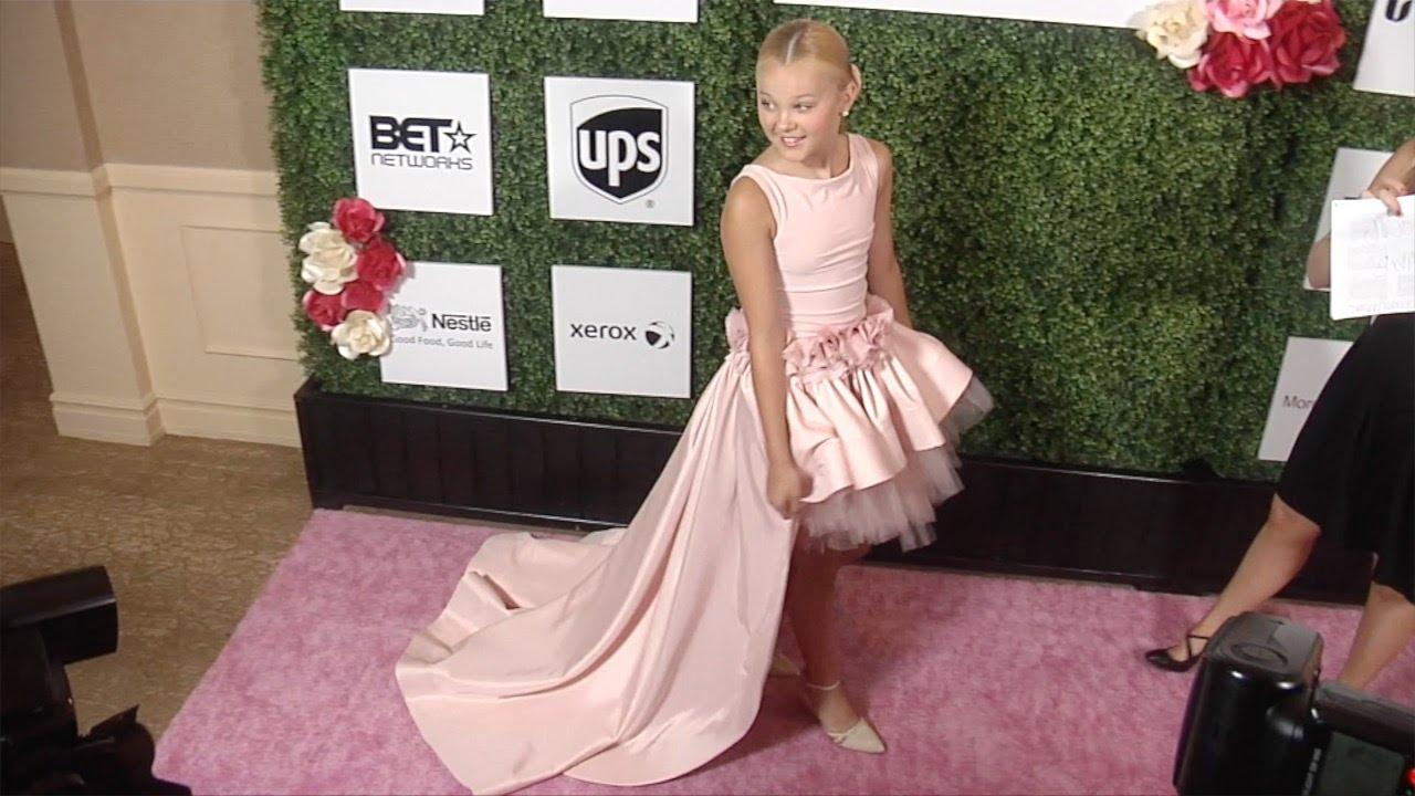 8dd2cde94 JoJo Siwa Dressed With Style 2016 Women of Excellence Awards Gala ...