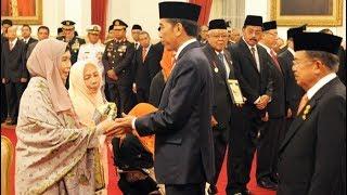 Spesial Hari Pahlawan 10 November Jokowi JK Menganugrahkan Gelar Pahlawan Nasional Kepada 4 Tokoh