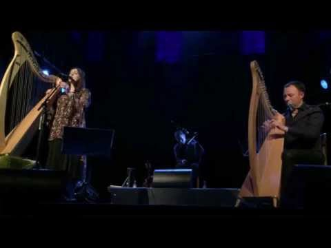 Moya Brennan and Cormac De Barra - Tell me now - live