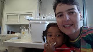 Gambar cover BB Sophie tomando café com a tia Rose