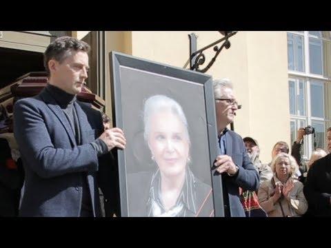 Прощание с Элиной Быстрицкой в Малом театре