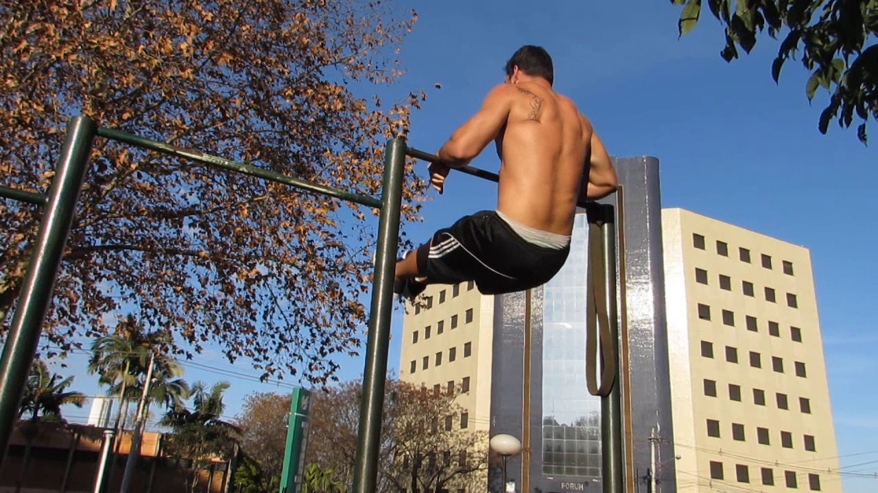 TREINO DE MUSCLE UP