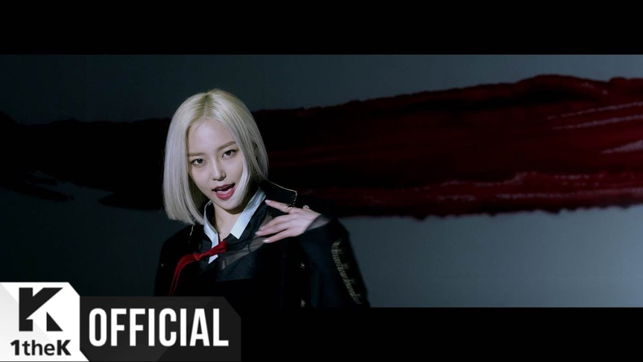 """CLC's """"High Heels"""" MV with all the members is a lot better"""