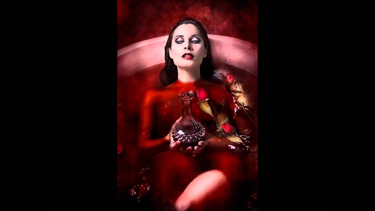 Queen Who Bathed Blood