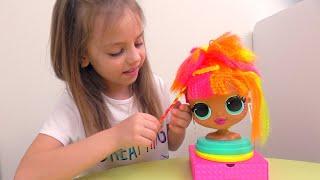 Настя и кукла ЛОЛ идут на вечеринку Прическа и макияж КАК в салоне красоты