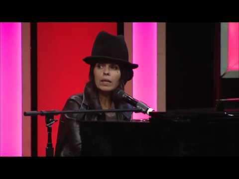 "Linda Perry ""Beautiful"" - LA Impact Awards"