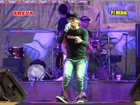 Istimewa Voc. Kincer MC - AREVA MUSIC HORE Live THR Sriwedari Solo