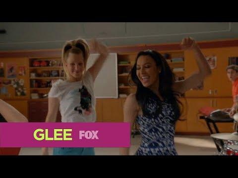 GLEE - Valerie (Season 5) [Full Performance] HD