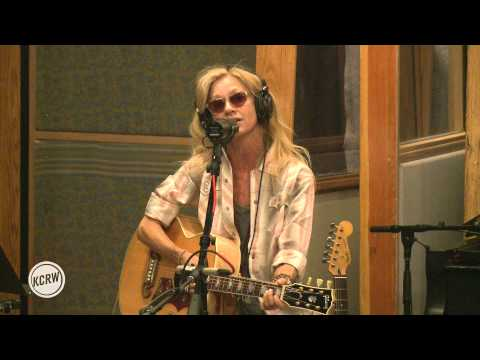 "Shelby Lynne performing ""Down Here"" Live on KCRW"