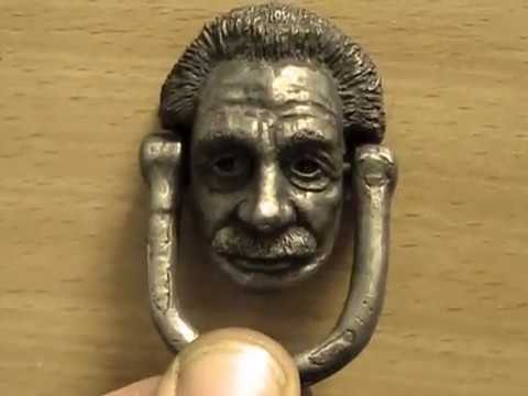 Einstein drawer pull