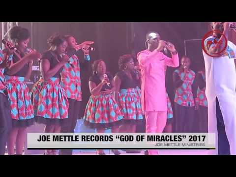 "Joe Mettle Performs ""God Of Miracles"" 