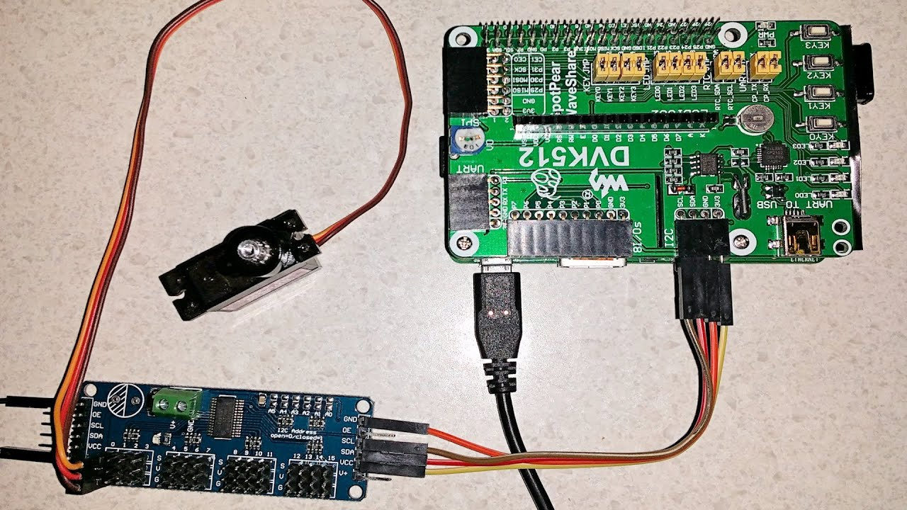 hight resolution of using a 16 channel i2c 12 bit pwm servo driver module with a raspberry pi