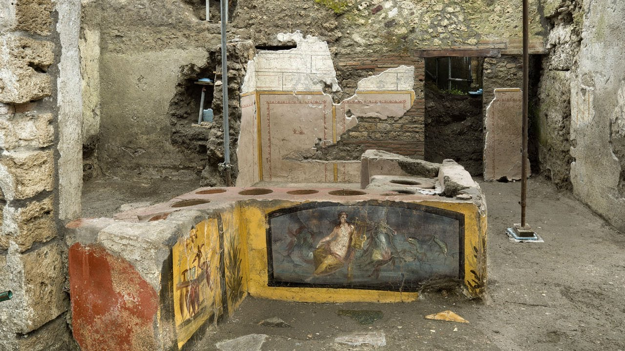 Excavation of Pompeii fast-food eatery reveals tastes of ancient ...